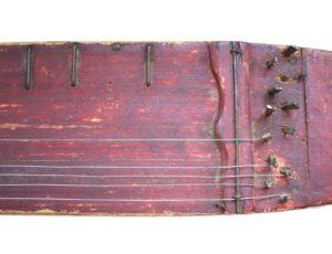 strunný lidový hudební nástroj kobza - původní autentická podoba