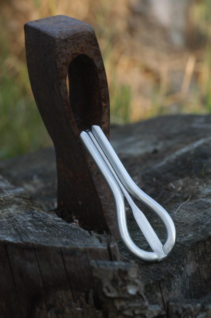 grumle vyrobená z nerezové a švédské oceli - lidový hudební nástroj