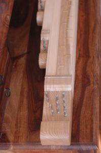 kobza - rekonstrukce strunného lidového hudebního nástroje ze Štramberské vrchoviny